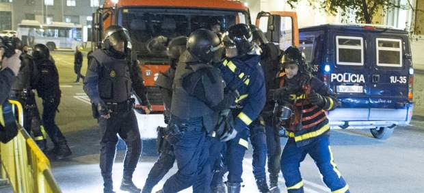 Un bombero detenido en manifestación en apoyo Gamonal
