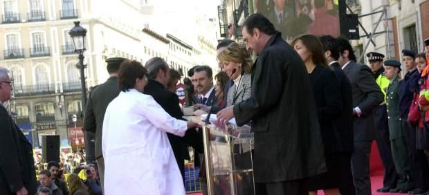 Ley 03 2004 homenaje a los voluntarios y miembros de los servicios de emergencia que ayudaron en el 11-M